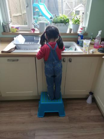 RB washing up